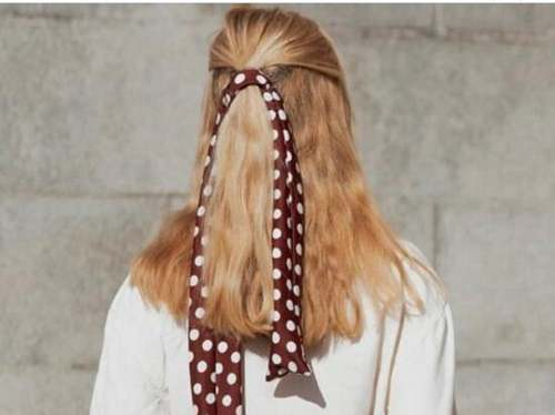 法式慵懒发型怎么扎好看_WWW.66152.COM