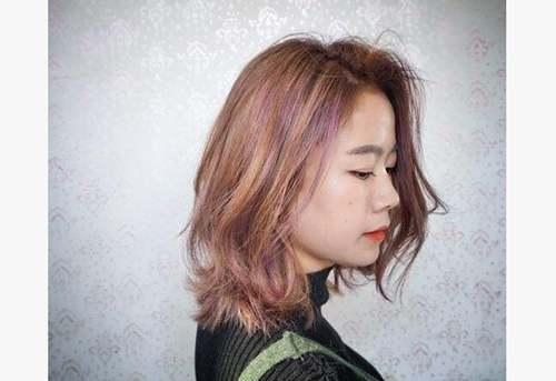 最火的头发颜色图片_WWW.66152.COM
