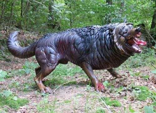 世纪的热沃当怪兽 三年扑咬致死多人 吞食人的凶残怪兽_WWW.66152.COM