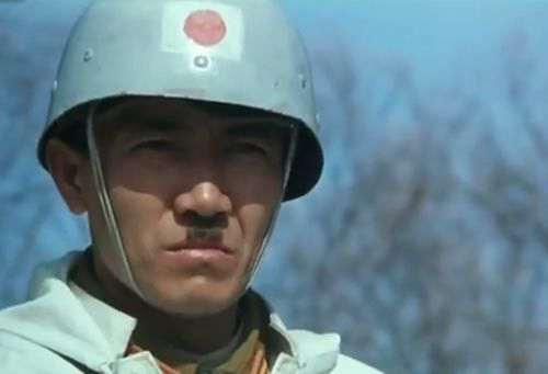 军列杀出重围  长春电影制片厂_WWW.66152.COM