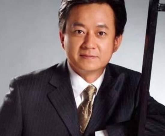 朱军被央视除名的原因 央视主持人朱军的现状_WWW.66152.COM