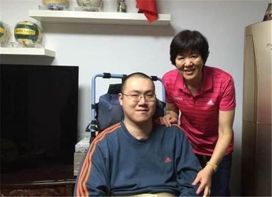 汤淼第二任妻子简介_WWW.66152.COM