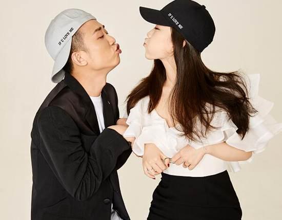 揭GAI和女朋友王斯然的故事_WWW.66152.COM