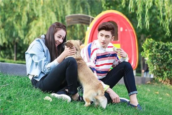 张云龙的女朋友是谁 张云龙女朋友婚纱照_WWW.66152.COM