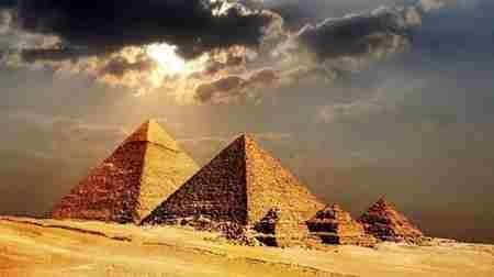 金字塔是人类建造的吗_WWW.66152.COM