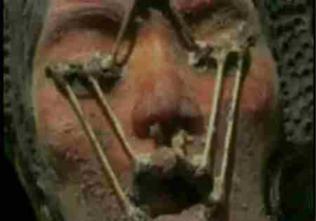 月球上的外星人 三眼女尸是嫦娥_WWW.66152.COM
