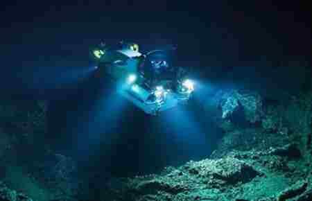 海底九万米有多恐怖?_WWW.66152.COM