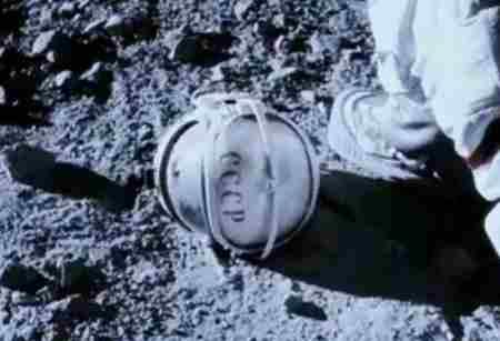 阿波罗18号是真的吗?_WWW.66152.COM