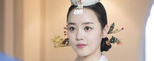 素贤皇后扮演者_WWW.66152.COM