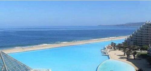 世界上最大的游泳池_WWW.66152.COM