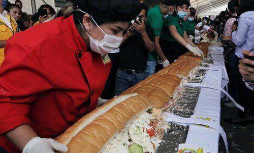 世界上最大的三明治_WWW.66152.COM