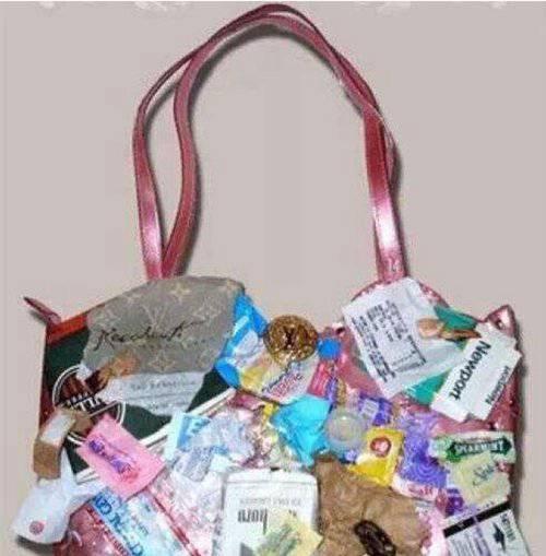 世界上最贵的包包_WWW.66152.COM