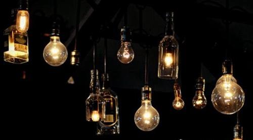 灯泡是谁发明的_WWW.66152.COM