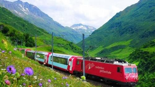 世界上最慢的火车_WWW.66152.COM