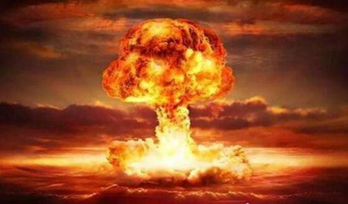 世界上第一颗原子弹_WWW.66152.COM