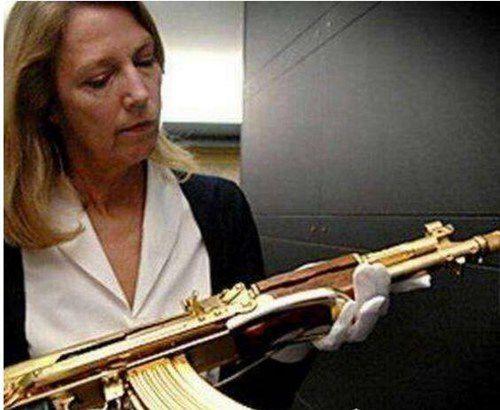 世界最昂贵的AK-47步枪_WWW.66152.COM