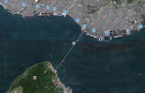世界上最长的吊桥_WWW.66152.COM