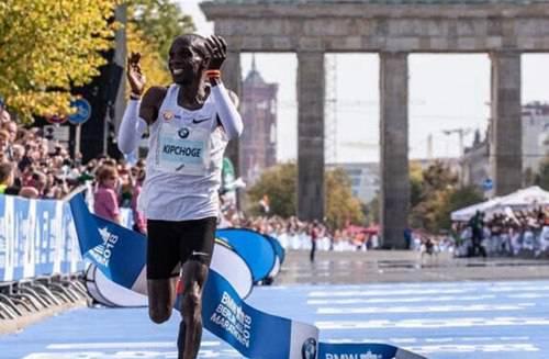 马拉松最快世界纪录_WWW.66152.COM
