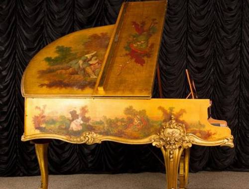 世界上最贵的钢琴_WWW.66152.COM