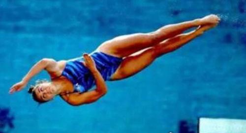 史上最小的奥运冠军_WWW.66152.COM