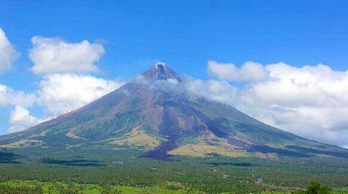 世界上最美的火山_WWW.66152.COM
