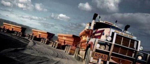 世界上最长的大卡车_WWW.66152.COM