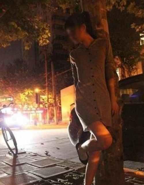 上海裸拍门事件_WWW.66152.COM