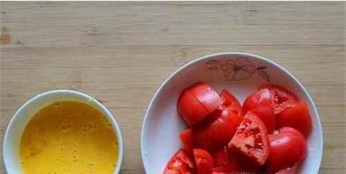 怎么做鸡蛋西红柿盖浇面_WWW.66152.COM