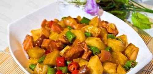 土豆块烧肉怎么做?土豆烧肉的做法_WWW.66152.COM