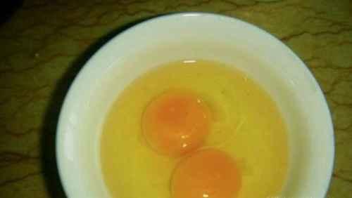 鸡蛋木耳馅的饺子的做法_WWW.66152.COM