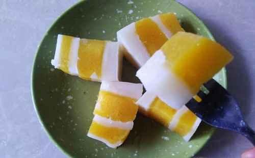 自做的芒果鲜奶凉糕_WWW.66152.COM