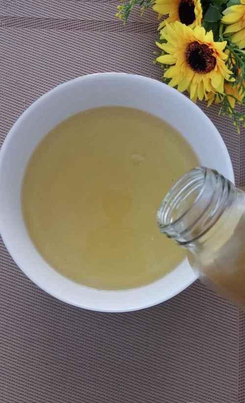 怎样做美味的家常版糖醋蒜?_WWW.66152.COM
