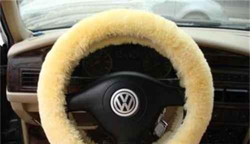 哪些车身装饰物容易发生安全隐患_WWW.66152.COM