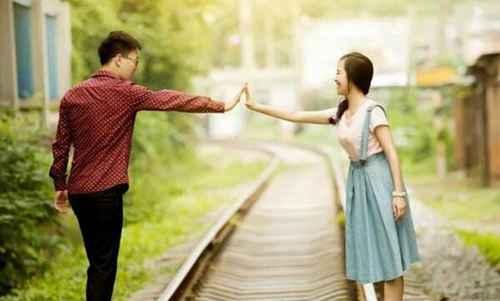 怎么知道男友是否还想着前任女友?_WWW.66152.COM