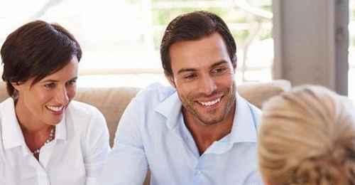 女孩第一次和网友见面要注意什么?_WWW.66152.COM