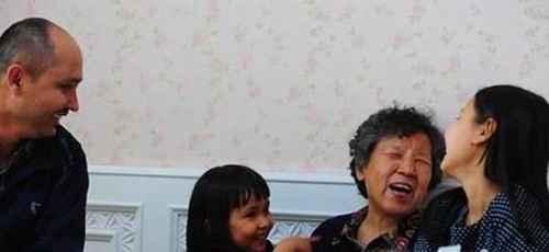 老人不愿意让孩子的父母带孩子该怎么解决?_WWW.66152.COM