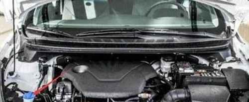 汽车的玻璃水在哪加?_WWW.66152.COM