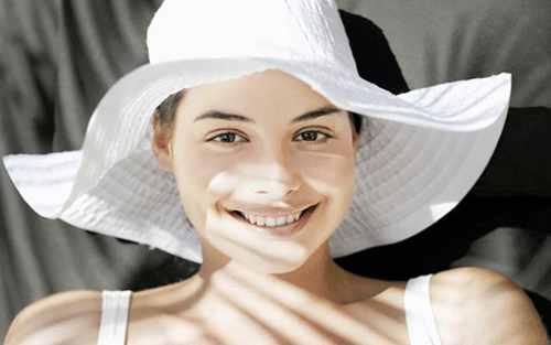 护肤和防晒的使用顺序,哪个第一步哪个最后一步_WWW.66152.COM