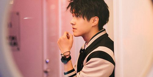 刘昊然提名金扫帚_WWW.66152.COM