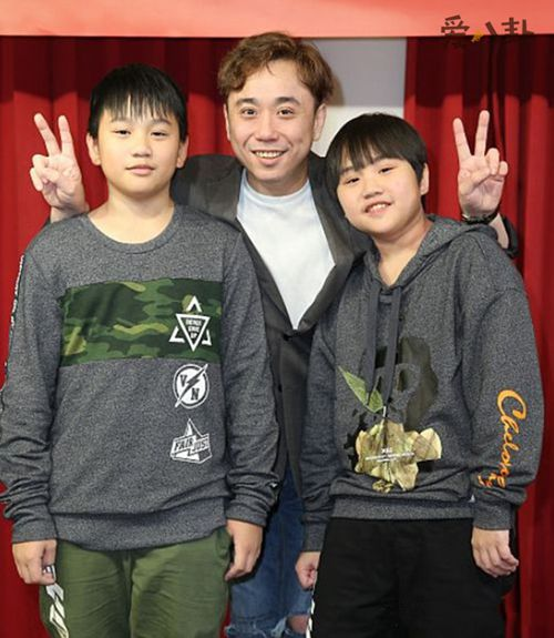 台湾童星小彬彬温兆宇_WWW.66152.COM